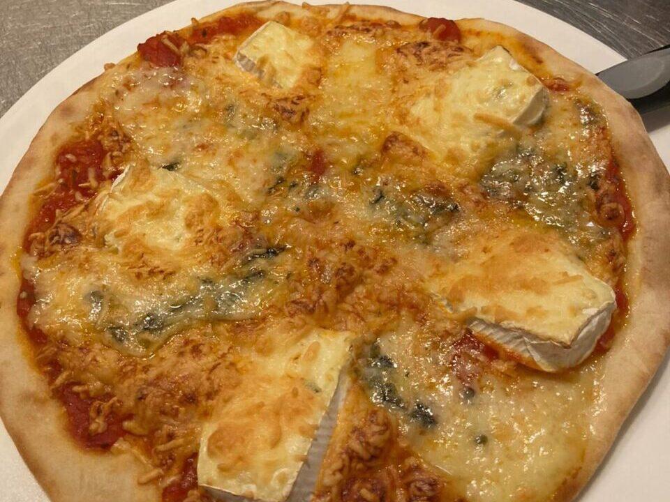 La Petite Fontaine Pizza