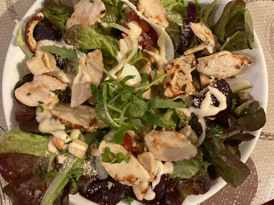 La Petite Fontaine Salad